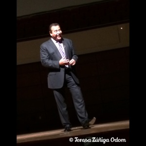 John Quiñones speaks to the crowd at UAB Lecture Series 2014