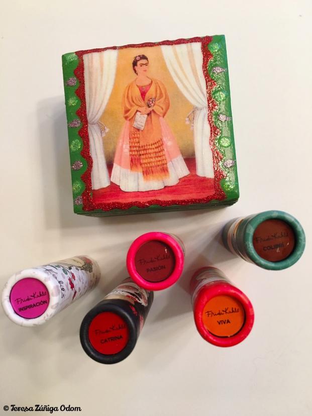 Frida Kahlo lipsticks with my thrift store find - a Frida trinklet box!