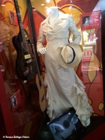 Outfit singer Gloria Estefan wore