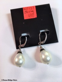 Silver and pearl earrings - very vintage looking!