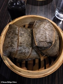 Lotus leaf dim sum with chicken and rice