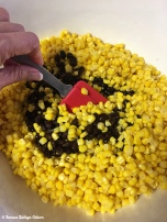 Mix corn and black beans together